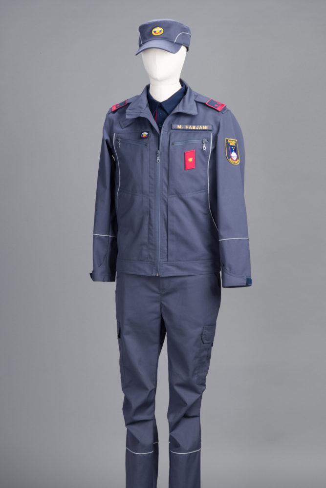 delovna obleka - cela